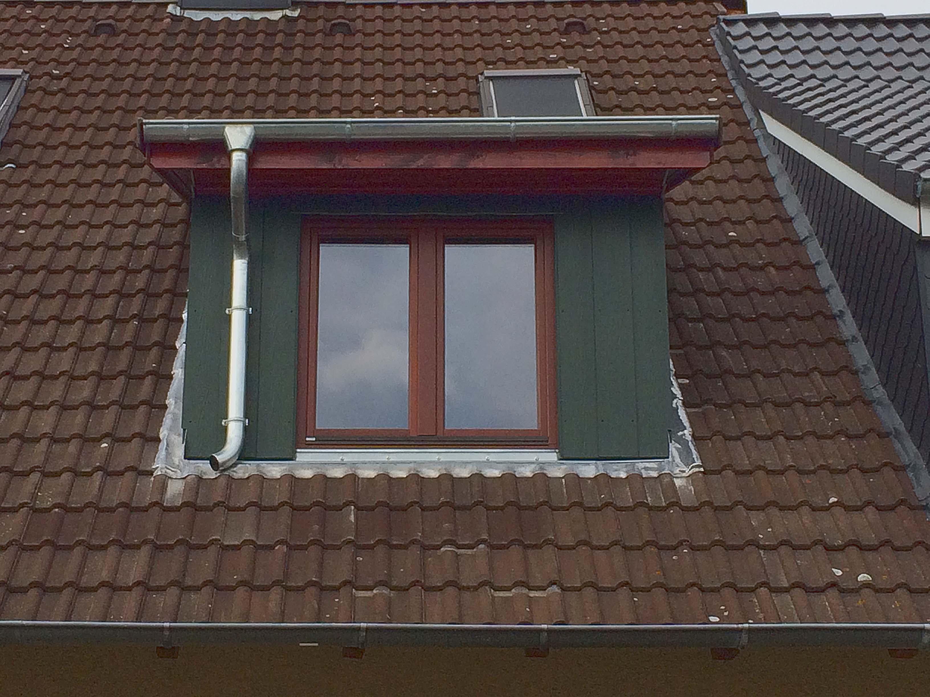 Gaube in das Dach intergriert von Zimmerei Rose aus Preetz